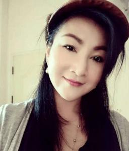 Jira 40 søger mand 37-56 - flot thai kvinde