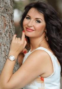 Ukrainsk dating giver dig mulighed for at lære denne flotte pige fra Ukraine at kende